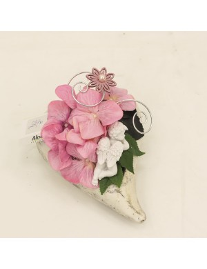 Composition columbarium en forme de coeur ton rose